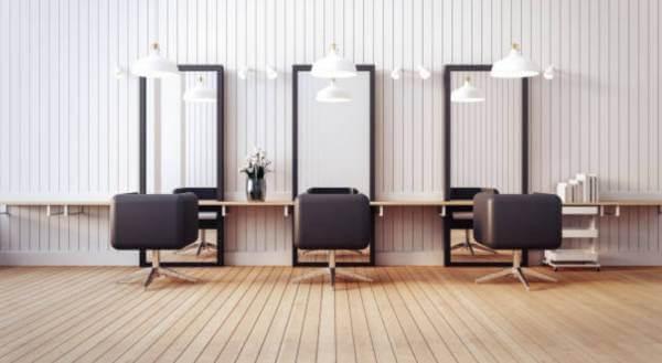 2018 11 30 12h23 06 - 男性美容師の将来性は?AI導入と仕事の変化を30代の今考える