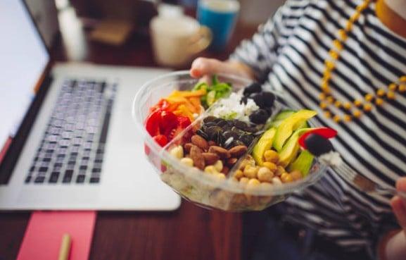 2020 03 28 09h23 47 - 健康食品業界もコロナで激変!セミナー中止でZOOMイベントに切り替え中!